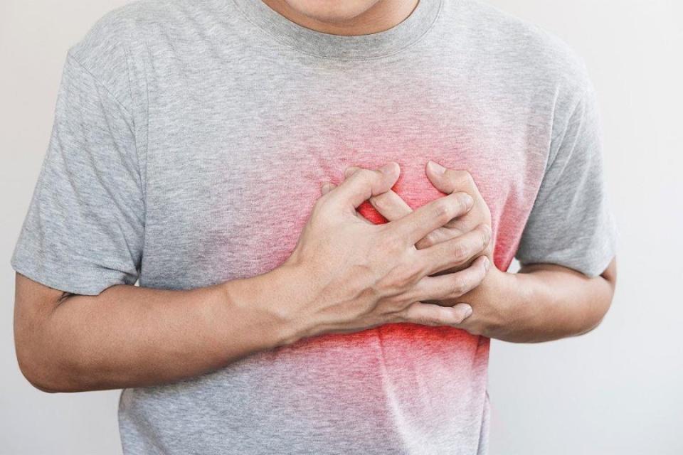 طبيب يكشف عن توصيات بسيطة لتقليل خطر الإصابة بجلطة قلبية