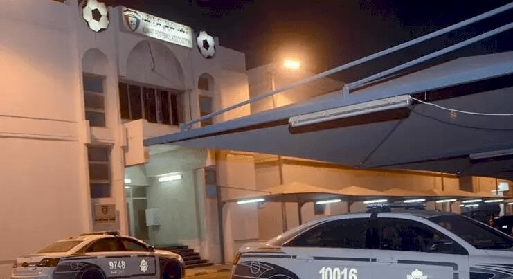 الكويت.. مدير أمن توجه لفحص حادث سير ففوجئ بوفاة والدته