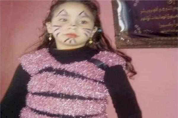 جريمة تهز مصر.. طعنها حتى الموت بعد أن صرخت وهو يحاول الاعتداء عليها جنسياً