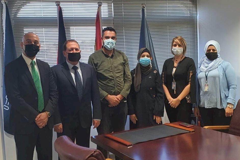 """بالتعاون مع وزارة الصحة.. بنك الأردن يختتم حملة تطعيم موظفيه ضد """"كورونا"""""""