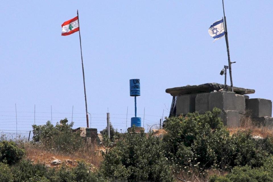 تقديرات إسرائيلية: إطلاق الصواريخ من لبنان مرتبط بما جرى في المسجد الأقصى