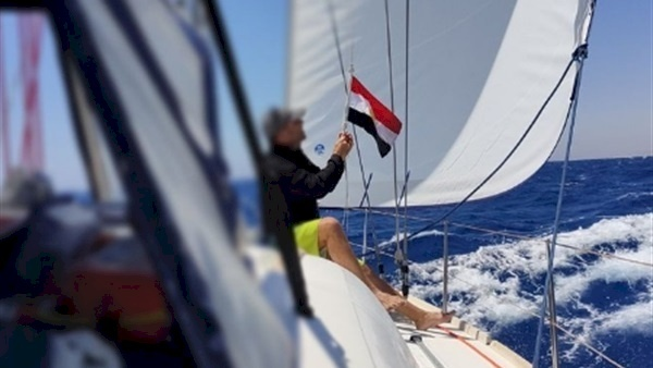 البحرية المصرية تنقذ يختا إسرائيليا في البحر المتوسط.. بعد نفاد وقوده