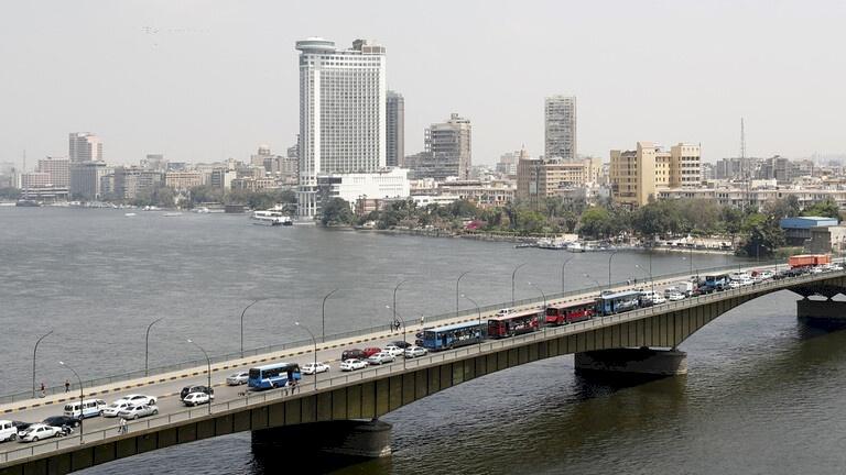 """مصر.. توقيف مسؤول كبير بوزارة الصحة يروج المخدرات عبر """"فيسبوك"""""""