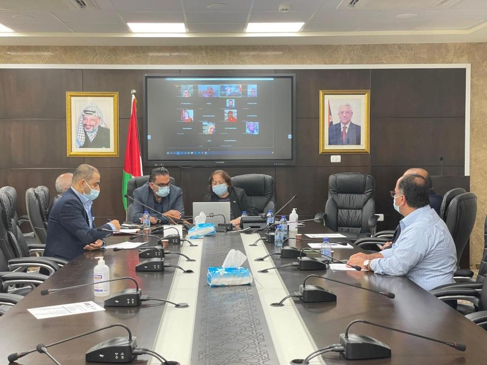 لجنة الوبائيات تجتمع لبحث الحالة الوبائية ورفع توصياتها لرئيس الوزراء